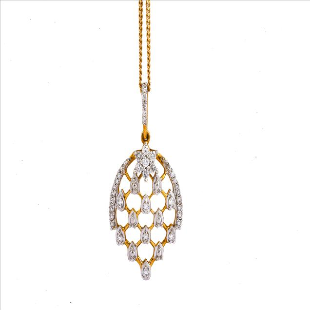 Chain shown is not part of the product Best DesignsCertified DiamondsBis HallmarkEasy ReturnsLifetime ExchangeInsured Shipping The Leoma Gold Pendant. Being a leader in the industry, we are engaged in offering a qualitative range of Diamond Pendant to our customers.